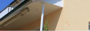 Fassade mit WDVS - Farbanstrich Apricot
